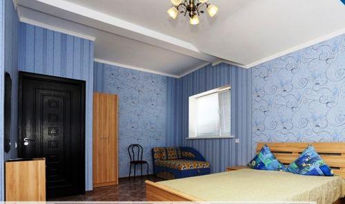 3-etazh-zheltyj-dom3